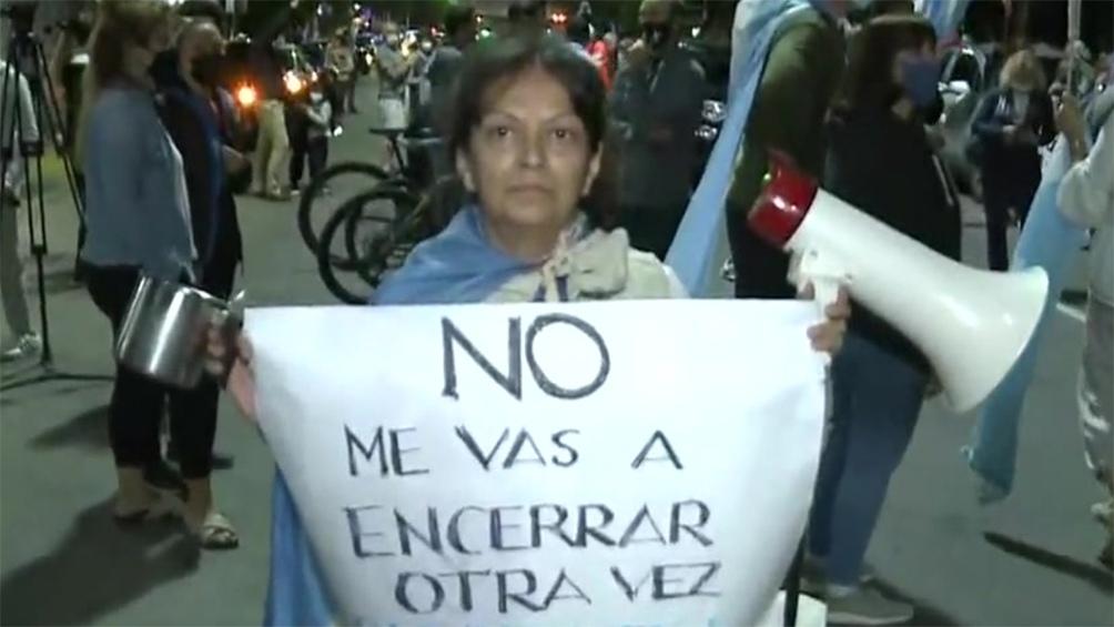 Hubo protestas frente a la Quinta de Olivos.