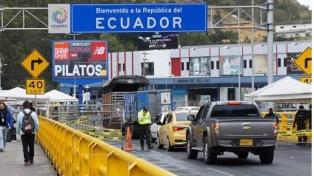 Ecuador prohíbe la circulación nocturna de vehículos los fines de semana