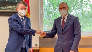 """Guzmán avanzó con España en la """"construcción de consensos"""" para lograr un acuerdo"""