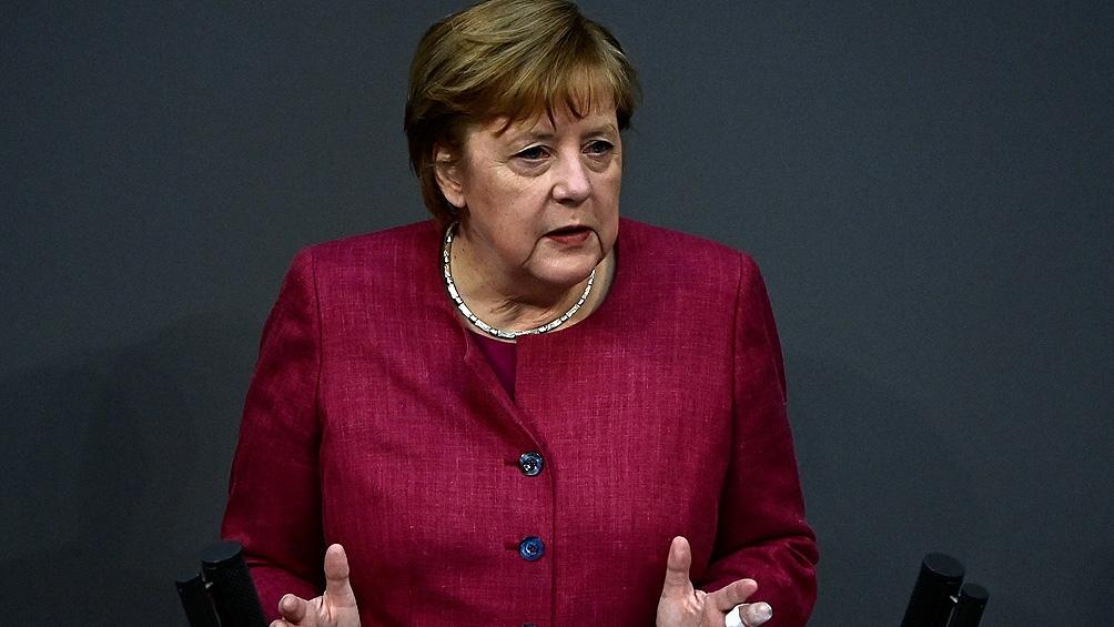 Merkel defendió las restricciones más duras y que las medidas se tomen a nivel federal
