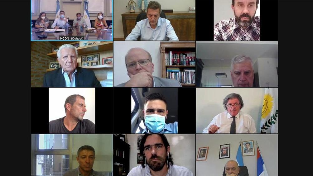 Reunión de De Pedro, Massa y Máximo Kirchner con los presidentes de bloques por las elecciones