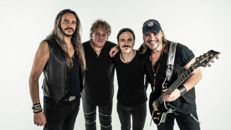 El guitarrista David Palau acerca el rock español de Güru
