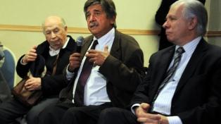 Con un acto virtual, rinden homenaje al abogado argentino Carlos Slepoy