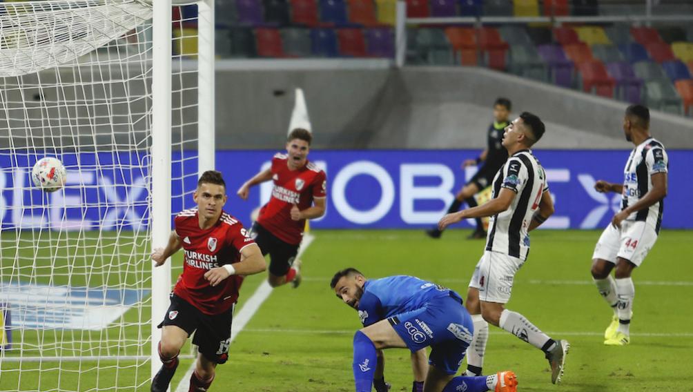 El delantero colombiano cortó una racha sin convertir y marcó dos goles.