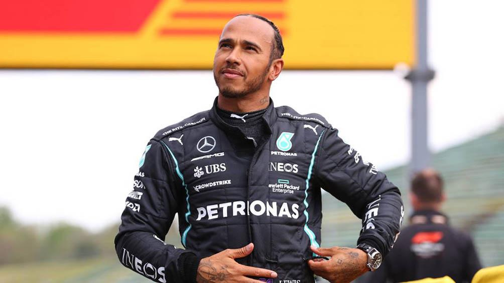 Hamilton larga en la pole position en GP de Emilia Romaña en Imola