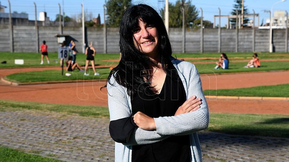 La madre y escritora Gabriela Mansilla.