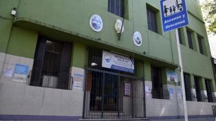 """Sindicatos docentes porteños continúan el paro """"ante la violación de decreto presidencial"""""""