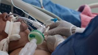 La mortalidad en pacientes que precisaron ventilación mecánica fue de 57,7%