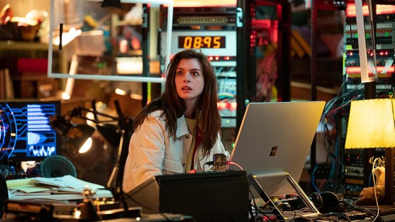 """""""Solos"""", con Morgan Freeman y Anne Hathaway, se estrenará el 21 de mayo en Amazon Prime"""