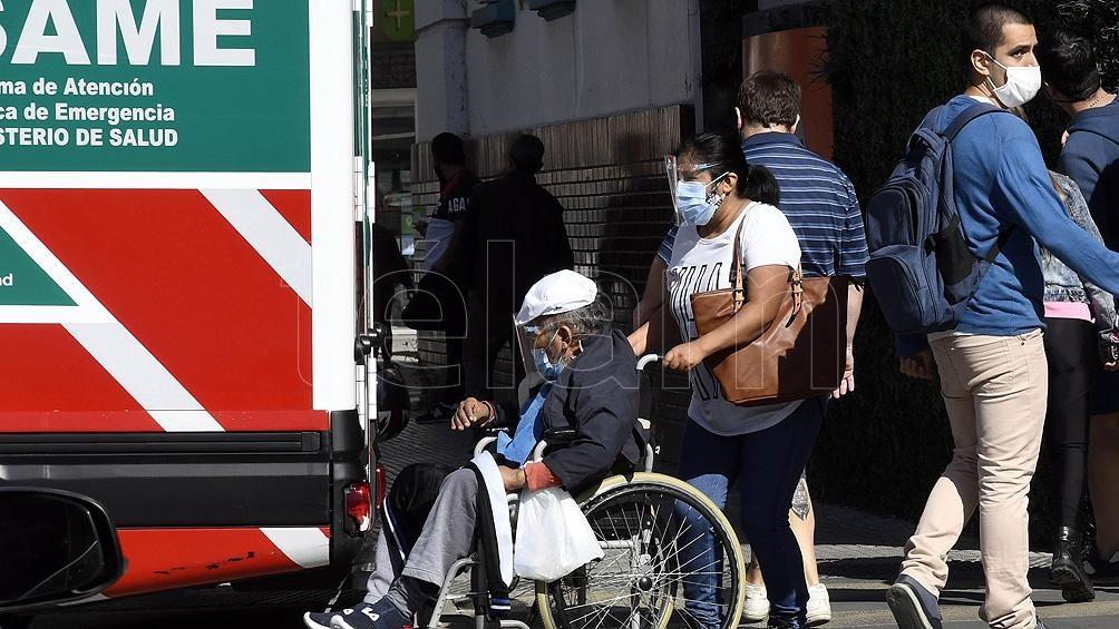 En la red pública de hospitales la ocupación de camas de terapia intensiva en el sector público alcanzó este sábado el 79,7%