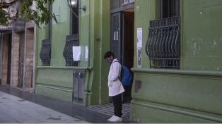 La Ctera pidió una audiencia con los ministerios de Educación y Salud por el aumento de casos