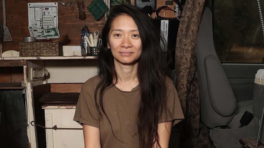 """Chloé Zhao, con """"Nomadland"""", quiere ser la segunda mujer en ganar un Oscar a la Mejor Dirección."""