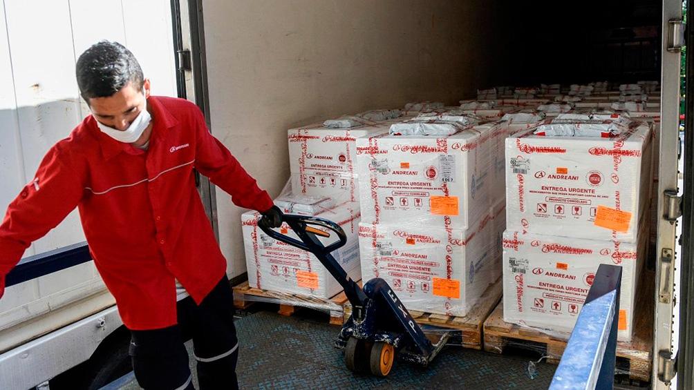 En menos de 48 horas, el Ministerio de Salud distribuirá 654.000 dosis de las 800.000 arribadas el lunes al país.