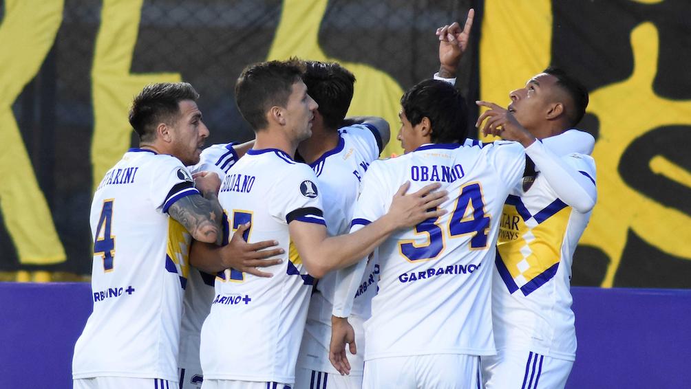 El equipo argentino comenzó festejando en La Paz. (Foto: CONMEBOL)