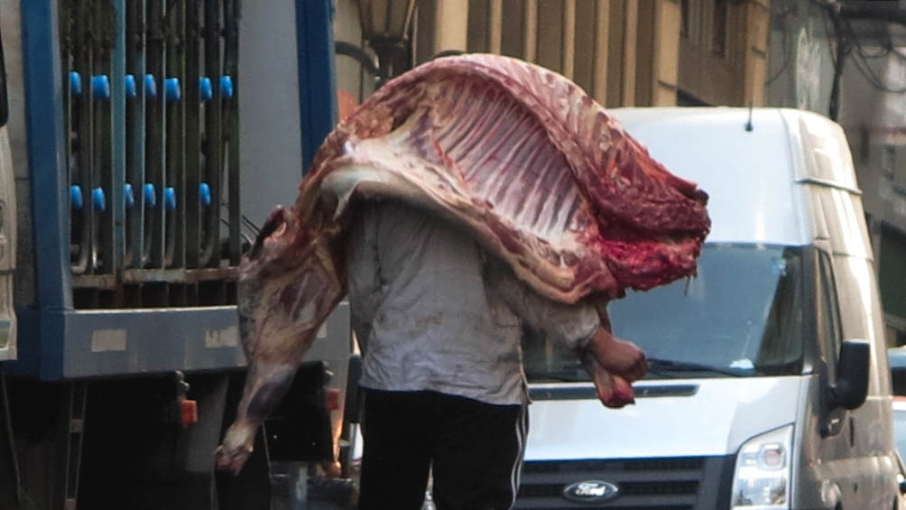 Seguirán los controles del precio de la carne.