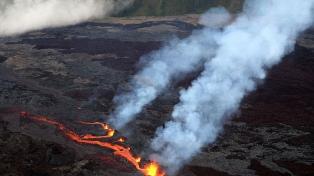 Encontraron muertos a dos jóvenes en el volcán de la Isla de La Reunión