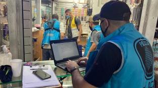 Nueve detenidos acusados de vender 234 teléfonos celulares robados