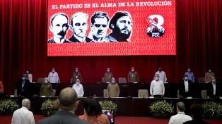 La Cuba sin Castro mantiene el modelo y piensa en recambio generacional