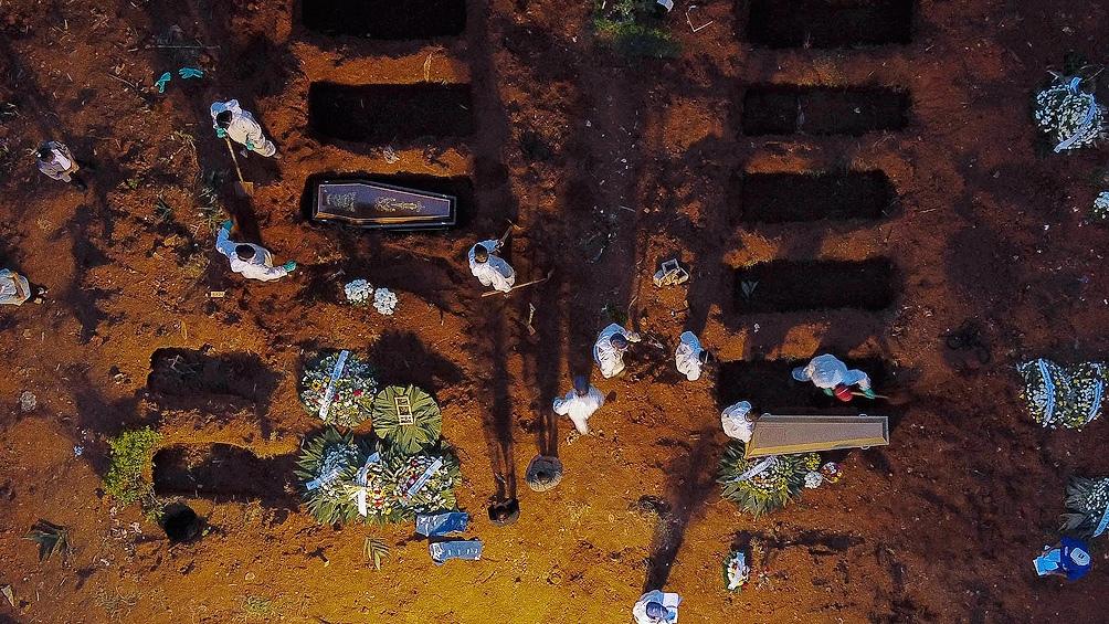 Brasil superó los 400.000 muertos con Covid-19