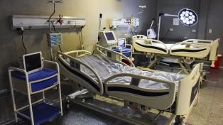 Bajan los contagios y disminuyen las internaciones en terapias intensivas