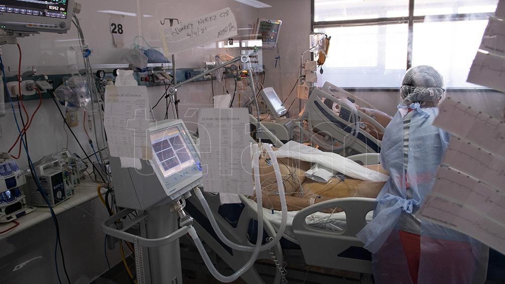 El Ministerio de Salud de la ciudad de Buenos Aires reportó 53 fallecidos y 2.697 nuevos contagios.