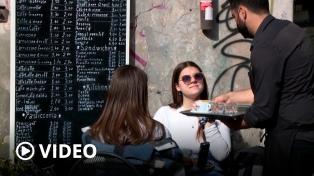 Italia inició una esperada reapertura de la gastronomía y el entretenimiento