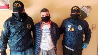 """Detuvieron a una """"megabanda"""" que cometía robos y hasta secuestraba narcos en Capital y el conurbano"""