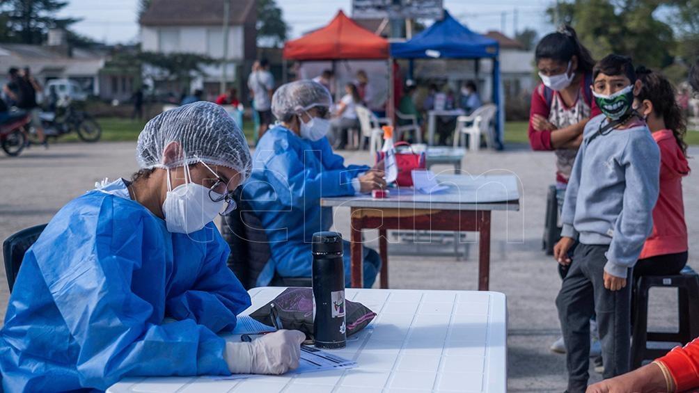 La secretaria de Salud dijo que no pueden afirmar ni descartar que estén circulando variantes en la ciudad.