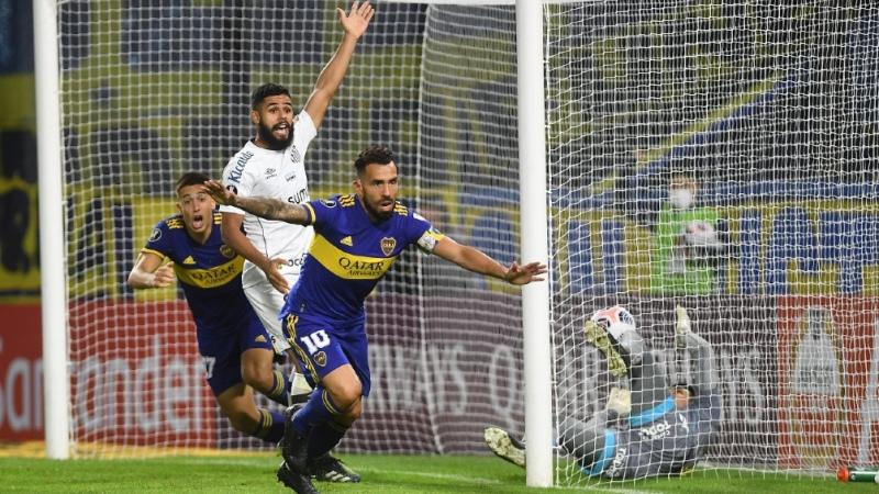 Boca le ganó a Santos y se consolida en la Copa
