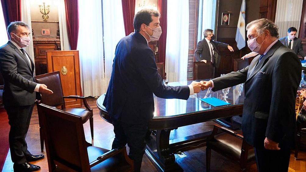 De Pedro se comprometió a discutir la posibilidad de vacunar a los integrantes de la justicia electoral.