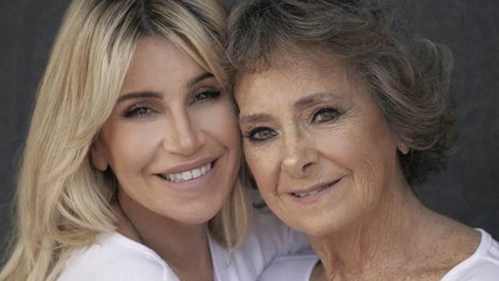 La conductora y su madre, Norma, de 78 años.
