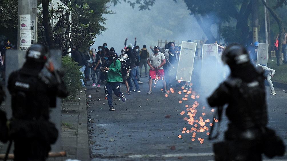 Multitudinarias protestas en Colombia - Télam - Agencia Nacional de Noticias