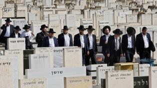 Israel entierra a los 45 muertos, entre ellos un argentino, por la estampida en una fiesta religiosa