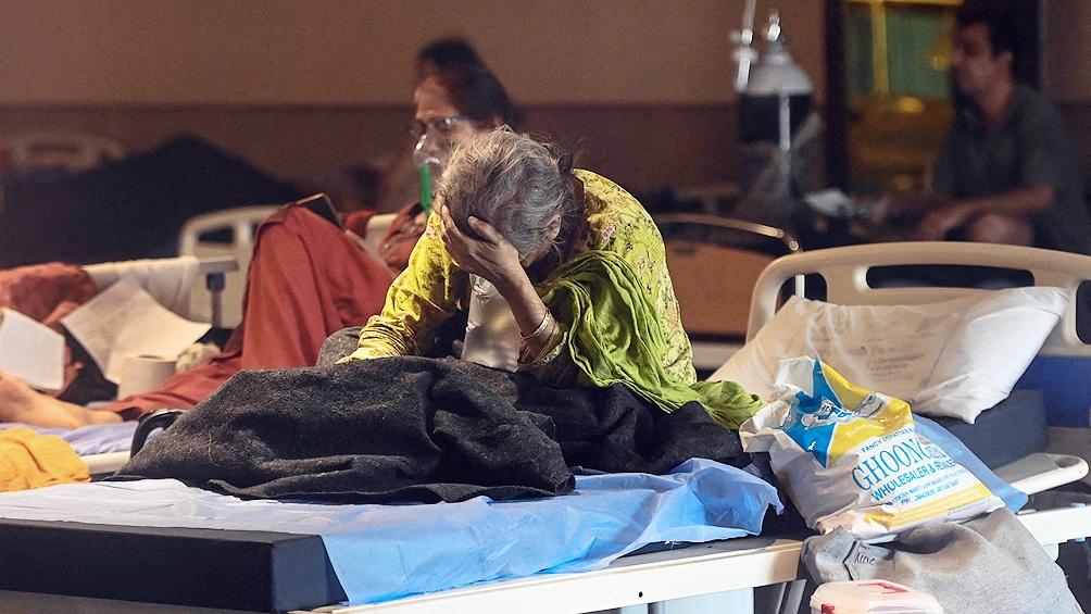 India superó los 400.000 casos diarios.