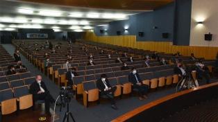 """Al abrir la Asamblea Legislativa, Jalil destacó las """"medidas efectivas"""" ante la pandemia"""