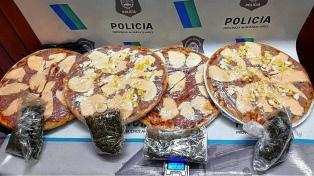 Quisieron ingresar a una cárcel marihuana oculta en unas pizzas y las detuvieron