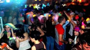 Desarticularon más de 20 fiestas clandestinas y una peña con 100 personas