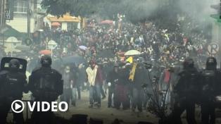 Al menos 19 muertos y 800 heridos por protestas que provocaron un cambio de ministro