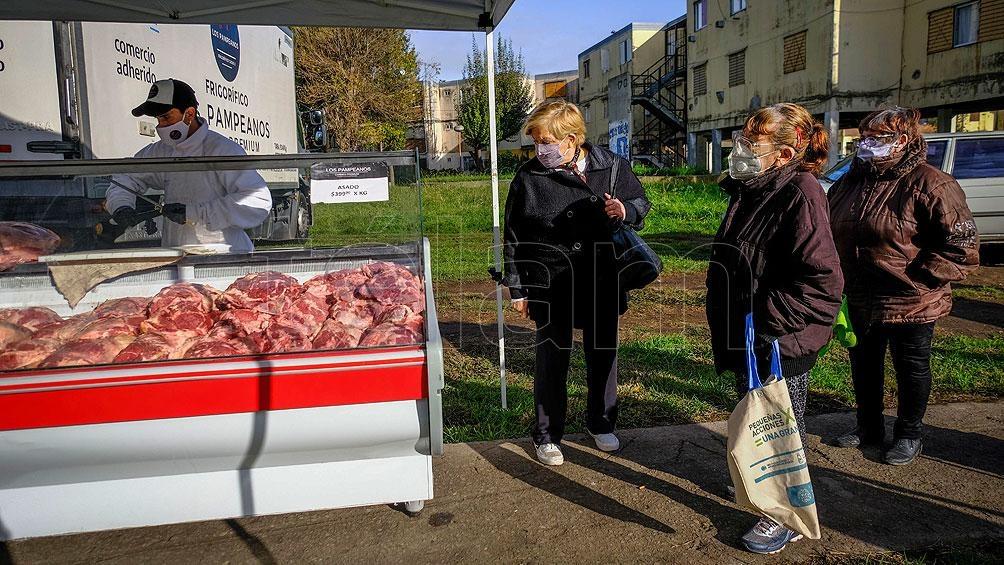 """Se apunta también a robustecer la """"calidad nutricional"""" de los alimentos que se consumen en los barrios populares"""