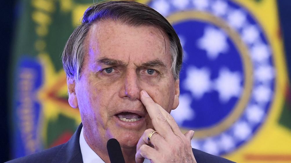 El presidente de Brasil, Jair Bolsonaro, en contra de la cuarentena.