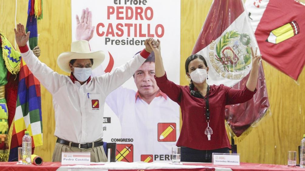 La izquierda de Verónika Mendoza acordó apoyar a Castillo en el balotaje - Télam - Agencia Nacional de Noticias