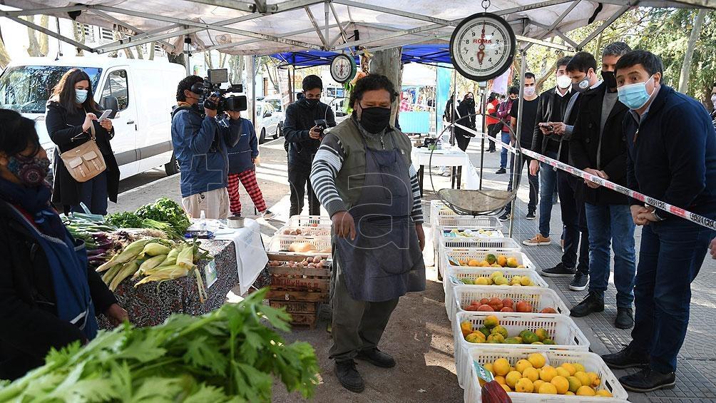 El Gobierno abrió la inscripción para sumar productores independientes a ferias populares