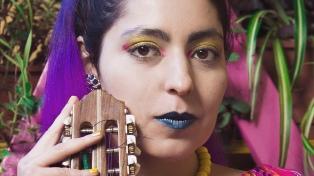 """Media docena de artistas cantan virtualmente """"para combatir la parálisis"""""""