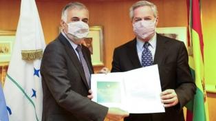 Solá recibió las copias de las cartas credenciales del nuevo embajador de Bolivia