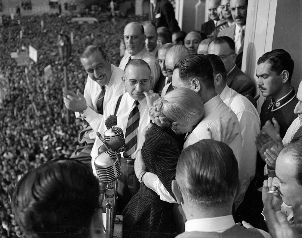 Evita fue propuesta por el Movimiento para conformar la fórmula presidencial junto a Juan Domingo Perón en 1951.