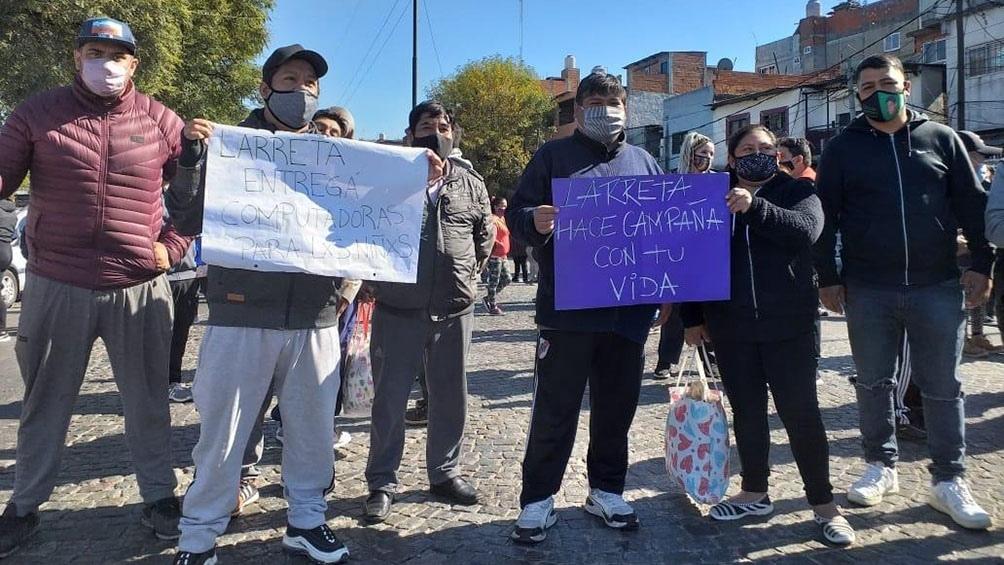 Cinco cortes en la Ciudad en reclamo de alimentos, higiene, computadoras y conectividad