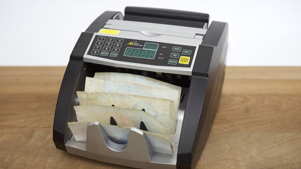 El Automated Dealer Machine de Agustina Woodgate.