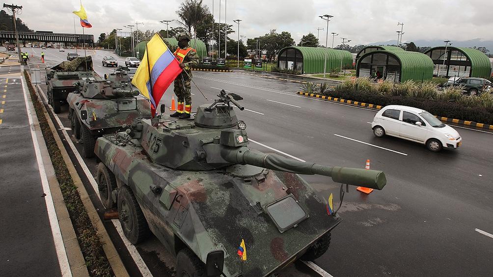 El Gobierno sacó a la fuerza militar a las calles.