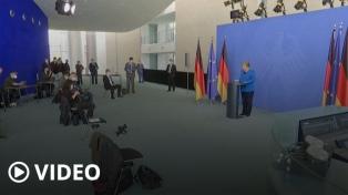 """Merkel reiteró su rechazo a liberar patentes e instó a EEUU a """"abrir el mercado"""""""