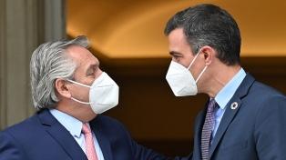 Solá destacó la visita a la Argentina del jefe de Gobierno español Pedro Sánchez en junio